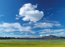 湖横向夏天 库存图片