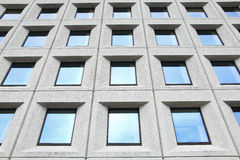 окна офиса здания Стоковые Изображения RF