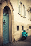 голубой старый сбор винограда самоката Стоковые Изображения