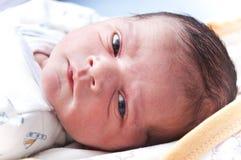新出生婴孩的表面 免版税库存图片