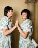 双子星座女孩黄道带 免版税库存图片