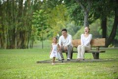 Счастливая азиатская семья Стоковое фото RF