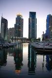 迪拜海滨广场微明 免版税库存图片
