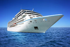 τεράστιο σκάφος πολυτέλ Στοκ φωτογραφία με δικαίωμα ελεύθερης χρήσης