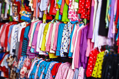магазин веек одежд младенца Стоковые Фотографии RF