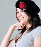 贝雷帽黑色女孩佩带 免版税图库摄影