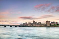 城堡约翰国王日落 免版税图库摄影