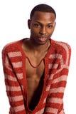 Άτομο στο κόκκινο ριγωτό πουλόβερ Στοκ Εικόνες