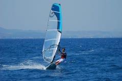 风帆冲浪在活动中 库存照片
