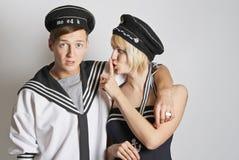 μυστική αφήγηση πορτρέτου ανδρών στις νεολαίες γυναικών Στοκ Φωτογραφία