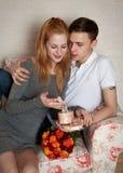 αγαπώντας νεολαίες ζευγών Στοκ Φωτογραφία