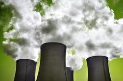 ενεργειακή πυρηνική ακτινοβολία κινδύνου Στοκ φωτογραφία με δικαίωμα ελεύθερης χρήσης
