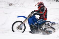 摩托车越野赛冬天 库存图片