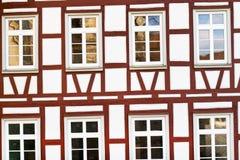 προσόψεων της Γερμανίας σπίτι που εφοδιάζεται με ξύλα μισό Στοκ φωτογραφία με δικαίωμα ελεύθερης χρήσης