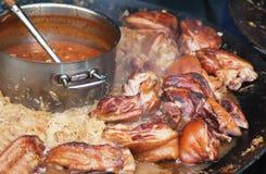 被炖的猪肉德国泡菜 免版税库存照片