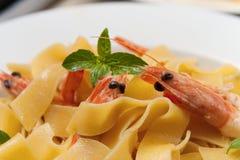 虾意大利面食 图库摄影