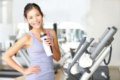 体操妇女锻炼 免版税库存图片