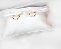 婚姻的金戒指 图库摄影