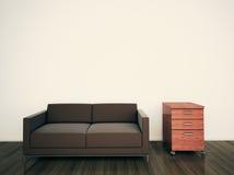 长沙发内部最小的现代办公室 免版税库存照片