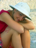 女孩帽子徒步旅行队 库存图片
