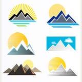 символ абстрактной горы холмов установленный Стоковая Фотография