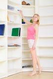 白肤金发的家庭作业 库存图片