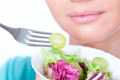 饮食愉快的素食主义者 免版税图库摄影