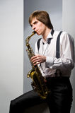 играть саксофон Стоковые Изображения RF