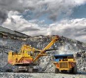 铁装载矿石 图库摄影