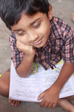 σχολικός ύπνος αγοριών βιβλίων Στοκ εικόνες με δικαίωμα ελεύθερης χρήσης