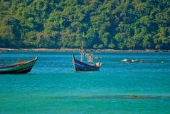 小船缅甸人 免版税库存照片