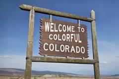 科罗拉多路旁符号欢迎 免版税库存图片