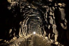 被放弃的线索隧道 免版税库存照片