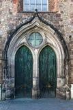 教会门 库存图片