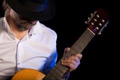 吉他吉他弹奏者作用 免版税图库摄影