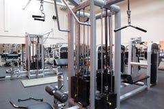 中心空的健身大厅 免版税库存图片