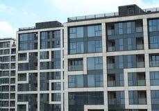 大厦分级住宅顶层 免版税图库摄影
