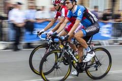 二个骑自行车者 库存照片