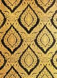 Πρότυπο λουλουδιών στο παραδοσιακό ταϊλανδικό χρώμα τέχνης ύφους Στοκ εικόνα με δικαίωμα ελεύθερης χρήσης