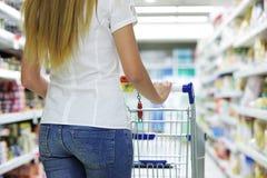 Покупатель супермаркета Стоковые Изображения RF