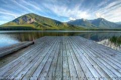 银朱的湖 免版税图库摄影
