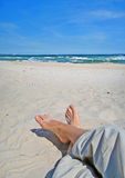 放松在海滩 图库摄影