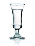 在一个小玻璃的伏特加酒 免版税库存照片