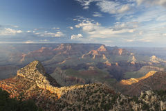 Грандиозный каньон на заходе солнца Стоковые Изображения RF
