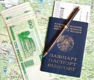 比拉罗斯护照和货币 库存图片