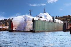 绘干船坞的船 免版税库存图片