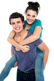 有快乐和乐趣爱恋的夫妇了不起的时间 免版税图库摄影