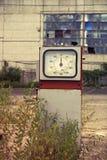 损坏的加油站 免版税库存照片