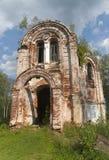 被破坏的教会 库存图片