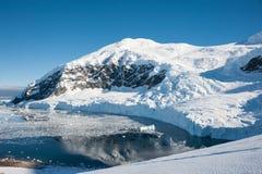 天堂海湾在南极洲 库存照片